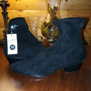 Black Booties 11